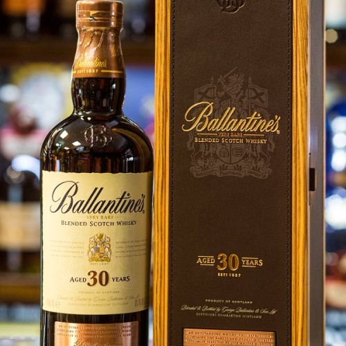 Ballantine's 30yo box